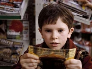Charlie and the Chocolate Factory: Willy Wonka's Golden Ticket